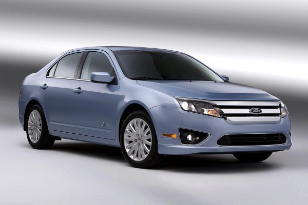 Ford_Fusion_Hybrid