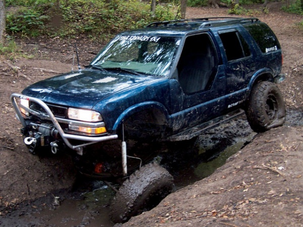 Calling All Lifted Trucks Page 39 Blazer Forum